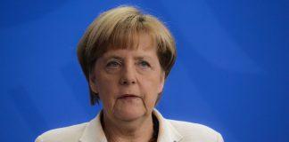 Η Μέρκελ «ελπίζει» ακόμα σε μια συμφωνία για το Brexit