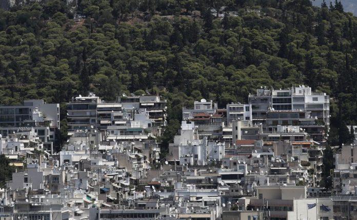 Airbnb και Χρυσή Visa «ανακάμπτουν» την αγορά ακινήτων