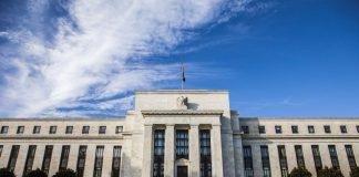Κόντρα Fed-ΔΝΤ για τις προοπτικές της αμερικανικής οικονομίας