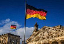 Πλούσιες οι εκκλησίες στη Γερμανία