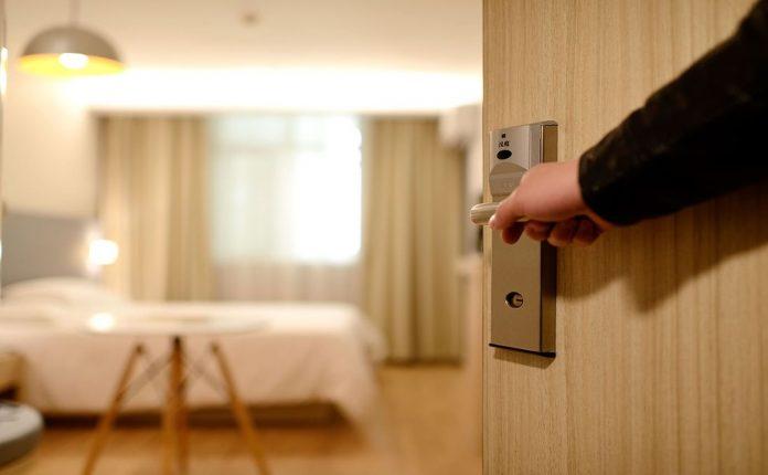 Ξενοδόχοι: «Κουραστήκαμε να μας αγνοούν» - Politik.gr