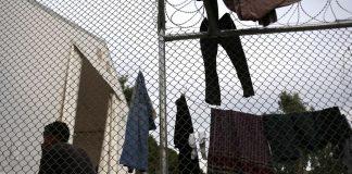 DW: Οι πρόσφυγες στρέφονται προς την Ισπανία