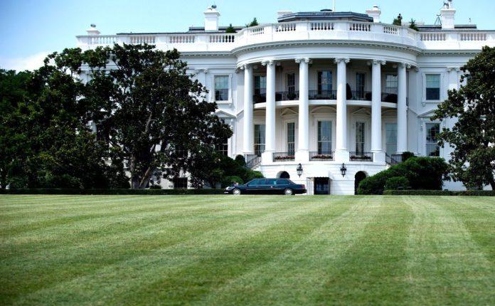 Politico: Ξανά υποψήφιος στις προεδρικές εκλογές των ΗΠΑ ο Μπέρνι Σάντερς