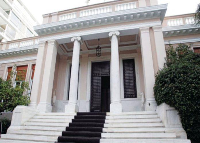 Κυβερνητικές πηγές: Ο Κ. Μητσοτάκης δεν μπορεί να κρύψει τη βουλιμία του