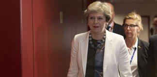 Brexit: Μαζεύτηκαν οι 48 επιστολές για την πρόταση μομφής