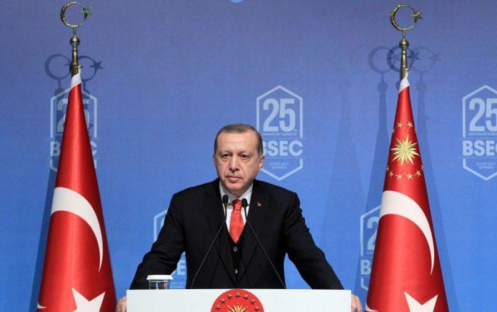 Ερντογάν: Παράλογο να μας κατηγορεί η Ελλάδα για το μεταναστευτικό