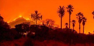 Καλιφόρνια: Έφτασαν στους 60 οι νεκροί από τις πυρκαγιές