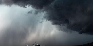Θα συνεχιστούν και αύριο οι καταιγίδες σύμφωνα με το Αστεροσκοπείο Αθηνών