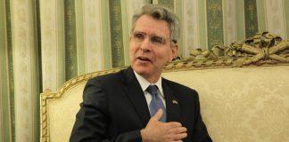 Πάιατ: «Ένας παιδαριώδης βανδαλισμός»