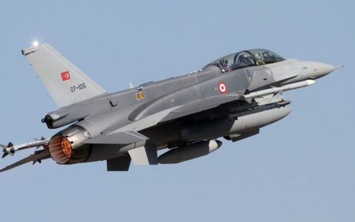 Εννέα παραβιάσεις από 21 τουρκικά αεροσκάφη στο Αιγαίο!