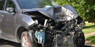 Σφοδρό τροχαίο στον Κηφισό με νταλίκα - Έξι τραυματίες