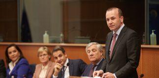 """ΣΥΡΙΖΑ για tweets Βέμπερ: """"Ο Μητσοτάκης κατάφερε να εξάγει κρίση ΝΔ"""""""