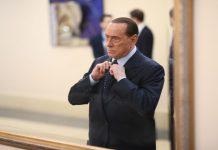 Μπερλουσκόνι: Ο γιατρός του δήλωσε πως τελείωσε ο κορονοϊός προκαλώντας οργή