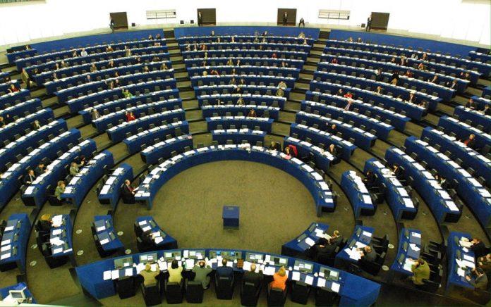 Χρηματοδότηση 500 εκ. ευρώ για εκπαίδευση των προσφυγόπουλων στην Τουρκία