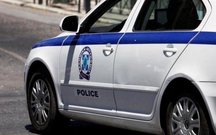 Αιματηρή συμπλοκή σε καφενείο στην Καβάλα - Politik.gr