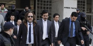 Times: Αγνοούνται δύο από τους οκτώ τούρκους αξιωματικούς