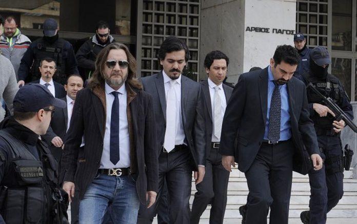 «Η Ελλάδα να πιάσει από τα αυτιά τους οκτώ τούρκους αξιωματικούς»