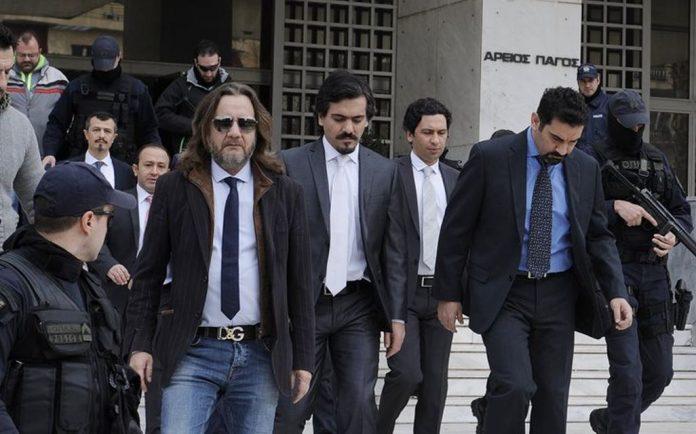 Συνεχίζεται το «θρίλερ» με τους 8 Τούρκους αξιωματικούς