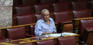 Ζουράρις: «Είμαι αριστερός και δεν ρίχνω την κυβέρνηση»
