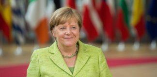 Κραμπ-Καρενμπάουερ: Η εποχή Μέρκελ δεν συνεχίζεται