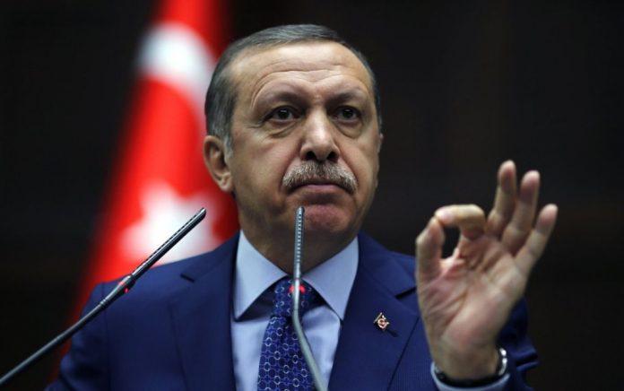 Τεντώνει το σχοινί ο Ερντογάν: