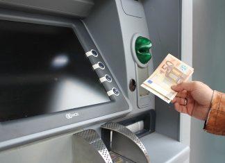 Ποιες πληρωμές θα γίνουν μέχρι το τέλος Αυγούστου