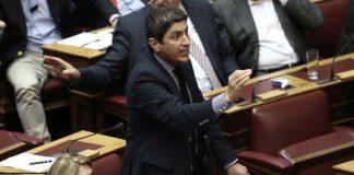"""Αυγενάκης: «Η κυβέρνηση έχει… ευρώδεντρο για τις προσλήψεις που """"θα"""" κάνει»"""