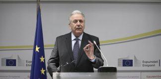 Στην Άγκυρα για το προσφυγικό ζήτημα ο Δημήτρης Αβραμόπουλος