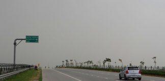 Έπνιξε το νέφος τον Μπράιαν Άνταμς στο Νέο Δελχί (pic)