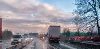 «Όχι» σε επιβολή ορίου ταχύτητας στους γερμανικούς αυτοκινητοδρόμους