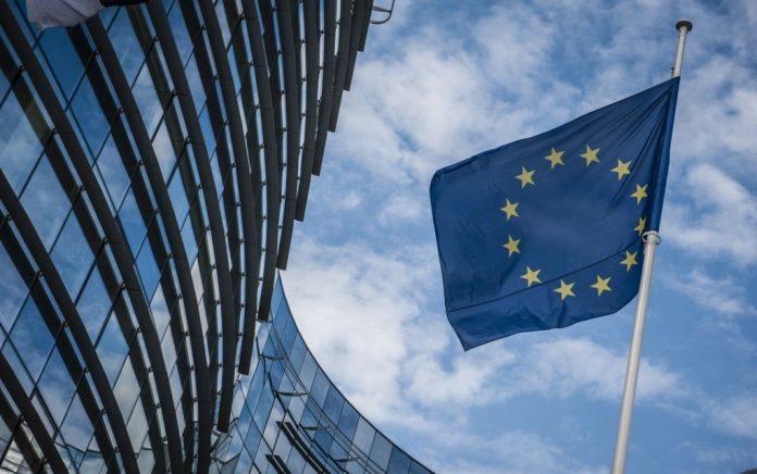 Ευρωζώνη: Λιγότερη λιτότητα, περισσότερη αλληλεγγύη;