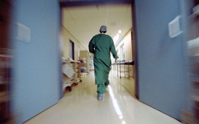Συνελήφθη γιατρός serial killer για 25 φόνους