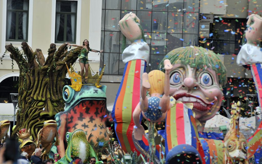Πέντε ώρες διήρκεσε η μεγάλη καρναβαλική παρέλαση στην Πάτρα! (pics)