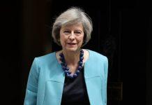 Times: «Αύριο υποβάλλει παραίτηση η Μέι»
