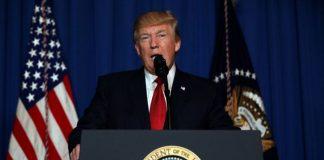 ΗΠΑ: Ο Τραμπ καταδικάζει κάθε μορφή ρατσισμού, ένα χρόνο μετά το Σαρλότσβιλ