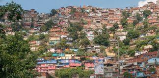 Έφτασε η πρώτη ανθρωπιστική βοήθεια των ΗΠΑ στη Βενεζουέλα