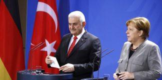 Έγινε… Τούρκος ο Γιλντιρίμ μπροστά στη Μέρκελ (vd)