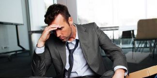 ΟΟΣΑ: Οι πτυχιούχοι στην Ελλάδα καταλήγουν άνεργοι