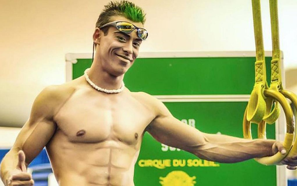 Σοκ! Ακροβάτης του Cirque du Soleil γλιστρά και χάνει τη ζωή του! (vd)
