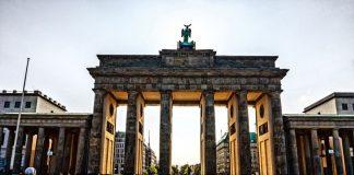 Γερμανία: Το ζήτημα των επανορθώσεων «ρυθμίστηκε οριστικά»