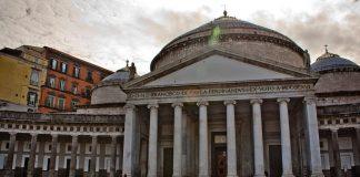Αγωνία για την πολιτική κρίση στην Ιταλία