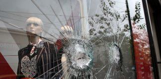 Συμπλοκές κουκουλοφόρων-αστυνομικών στο Παρίσι - 17 συλλήψεις