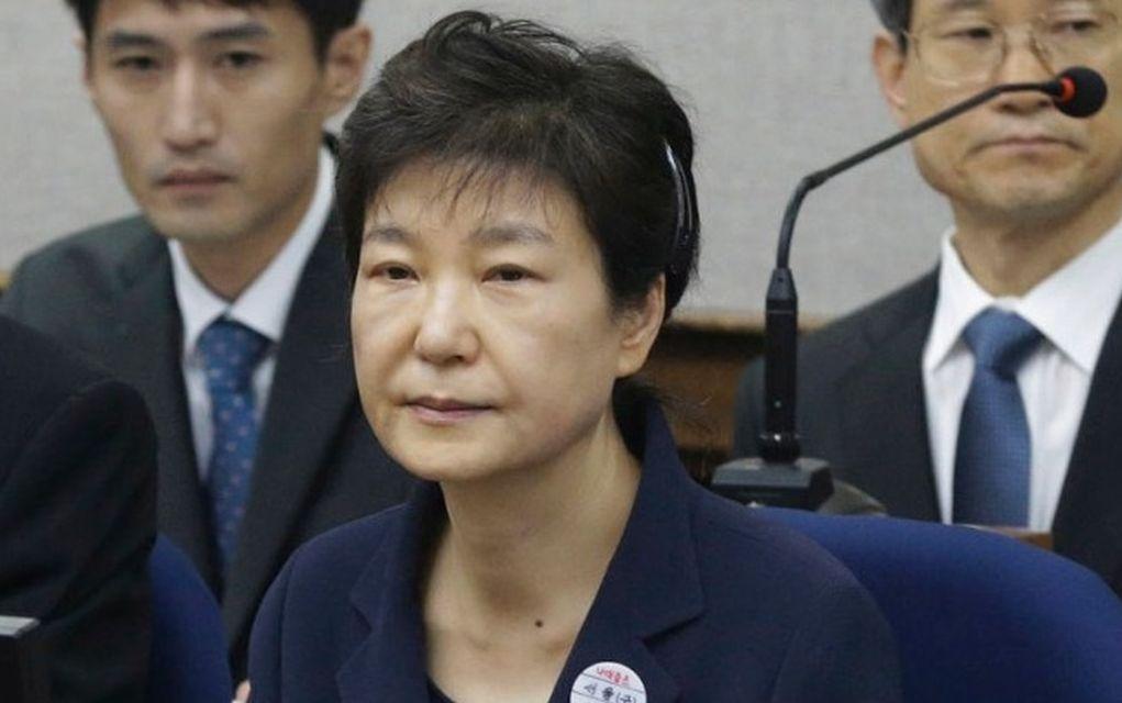 7ea437a10d5 Ν. Κορέα: Κάθειρξη 24 ετών στην πρώην πρόεδρο Παρκ