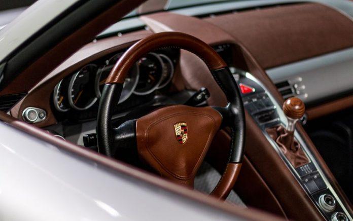 Μπόνους ύψους 9.700 ευρώ θα λάβουν οι εργαζόμενοι της Porsche