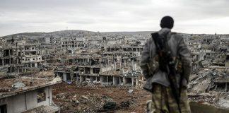 Φόβοι για τους αμάχους καθώς Κούρδοι μαχητές κινούνται κατά του ΙΚ