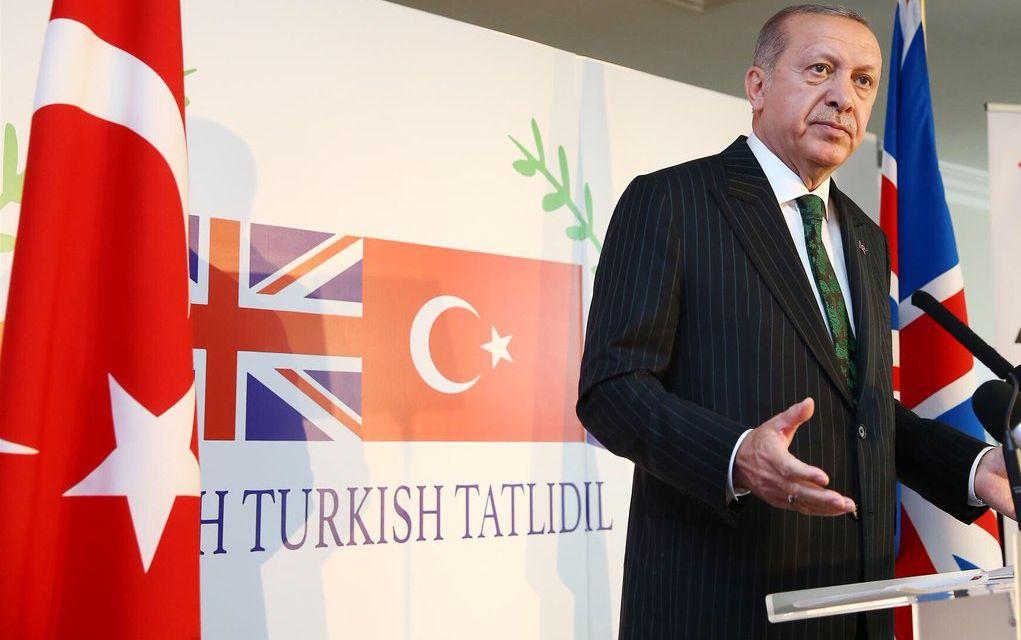Ξεκίνησε η επίσημη επίσκεψη Ερντογάν στη Βρετανία, «σύμμαχο πολύτιμη και αξιόπιστη»