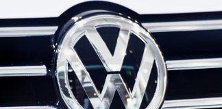 Οι κυρώσεις στην Ρωσία «φρενάρουν» επένδυση της Volkswagen