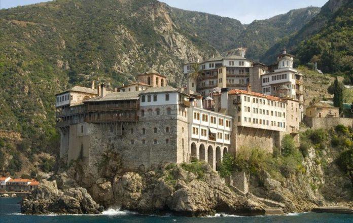 Άγιο Όρος: Έκλεψαν τα τάματα της Παναγίας της Πορταΐτισσας