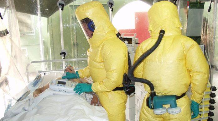 Ασθενείς με Έμπολα το έσκασαν ενδέχεται να μόλυναν ακόμα 50 άτομα