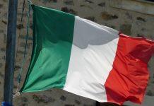 Υποχωρεί η Ιταλία στο θέμα του χρέους